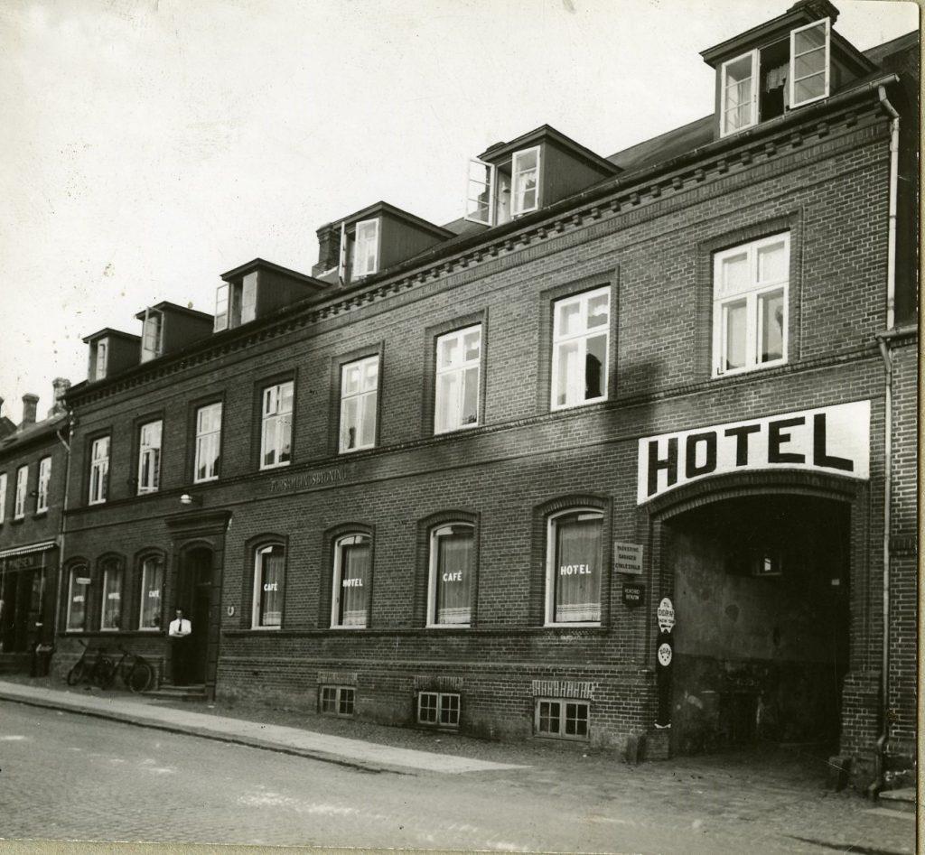 Hotel Sika Forsamlingsbygningen, Hammel 1886 til 1990