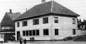 Kommune Kontoret for Hammel, Voldby og Søby Kommune. Tegnet af Julius Molls.